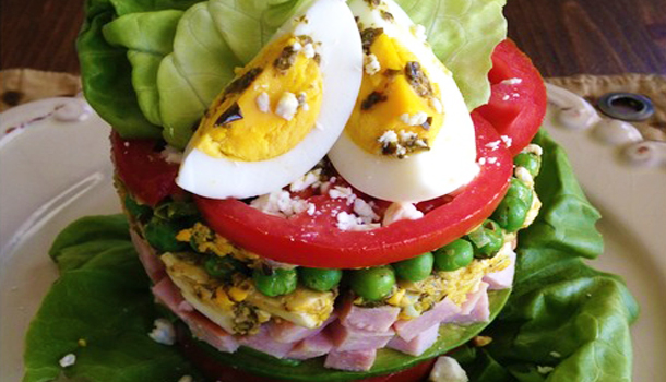 Pretty-in-Pesto-Cylinder-Salad