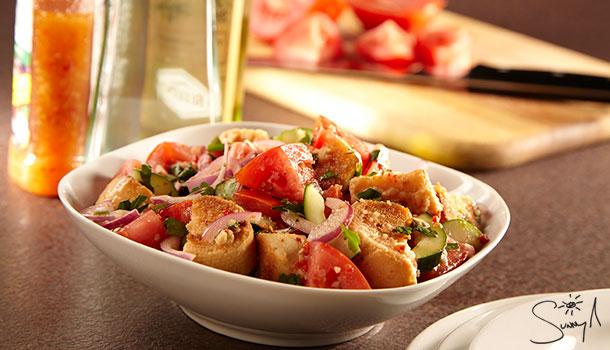 Sunny's-Easy-Panzanella-Salad