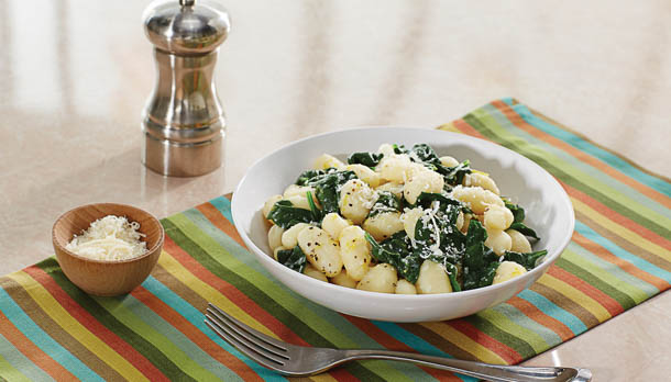 Sunny's Spinach with Gnocchi in Garlic Butter Sauce